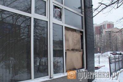 """Во Всеволожске разгромили офис """"Единой России"""""""