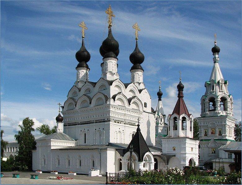 Где находятся все храмы россии