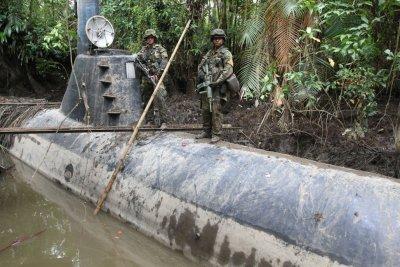 ВМФ Колумбии перехватили субмарину для транспортировки кокаина