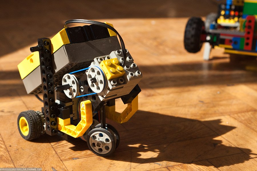 Лего как сделать маленького робота