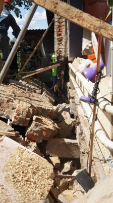 29-летний чебоксарец оказался заживо погребённым под рухнувшей стеной