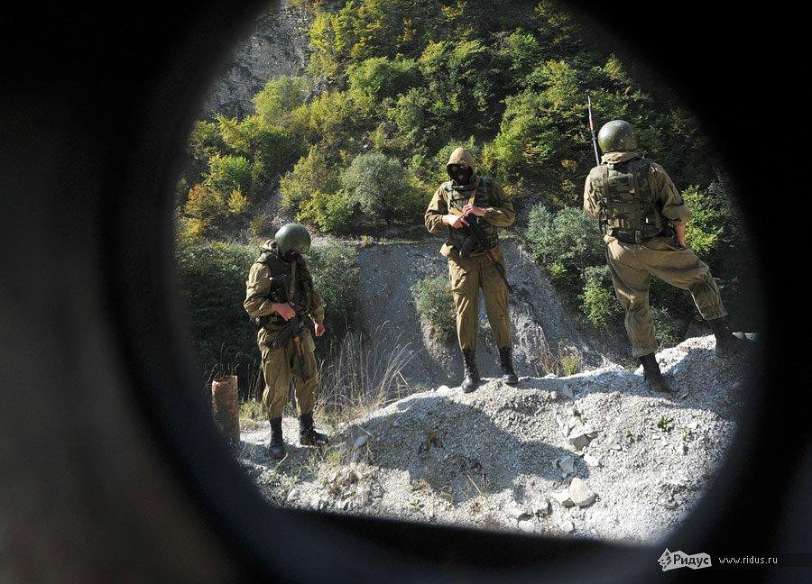 Ущелье и шестимесячная командировка в регион Северного Кавказа…
