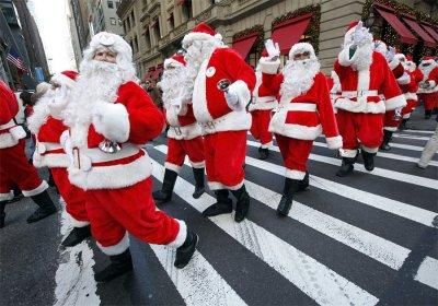 Толпа Санта-Клаусов прогулялась по Манхэттену в пользу бедных