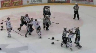 Хоккей. Финляндия. Рекорд штрафных минут.