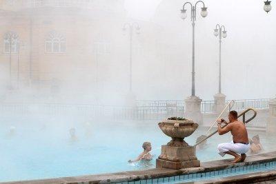 "Будапешт: купальня ""Сеченьи"""