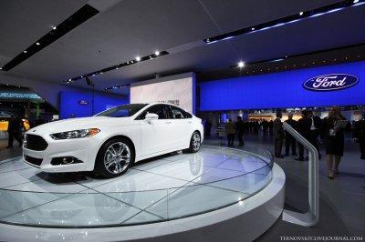 На детройтском автосалоне показали новый Ford «Fusion»