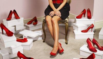 Чем опасны высокие каблуки?