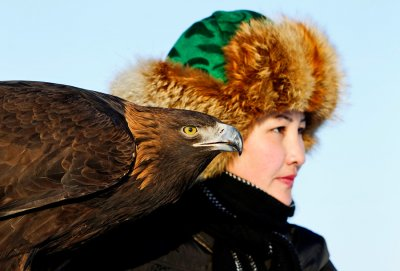 Единственная в Казахстане женщина-сокольничий