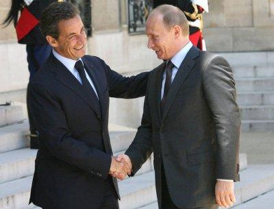 Николя Саркози поздравил Путина с победой