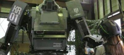 Японцы построили огромного боевого человекоподобного робота. Пока понарошку