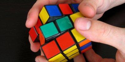 Кубик Рубика можно собрать за 20 ходов