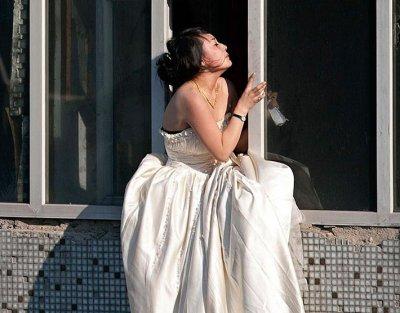 Чебоксарка спаслась от насильника, выпрыгнув в окно