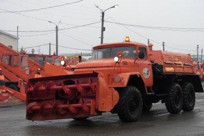 В Чебоксарах прошел смотр готовности снегоуборочной техники
