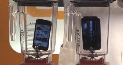 iPhone 5 против Samsung Galaxy S III в блендере