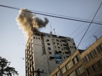 Израильская ракета попала по офису Russia Today в секторе Газа