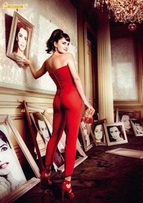 Penelope Cruz для календаря Campari 2013