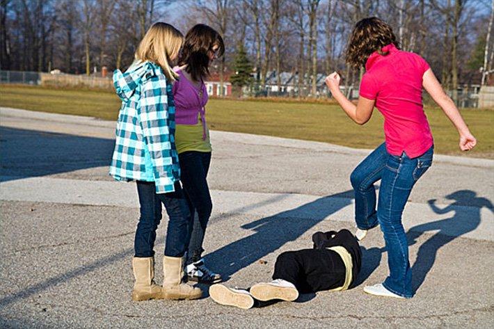 Детская жестокость (от 27.04.2010) Full HD подростковые школьные драки
