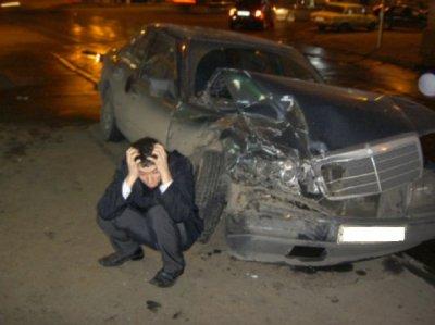 Чебоксарцы угнали машину спящего собутыльника и разбили ее