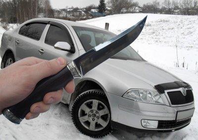 В СЗР чебоксарец зарезал мужчину в своей «Шкоде»