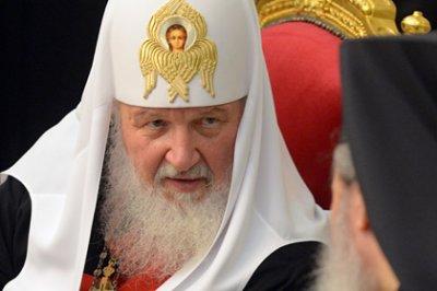 Патриарх объявил об антирелигиозном давлении на родителей школьников