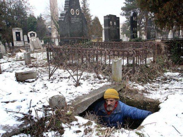 На кладбеще секс фото 508-256