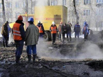 15 тысяч чебоксарцев остались без тепла и горячей воды из-за прорыва теплотрассы
