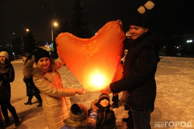 В День влюбленных чебоксарское небо озарили китайские фонарики