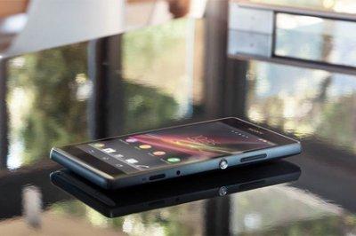 Sony показала два новых смартфона