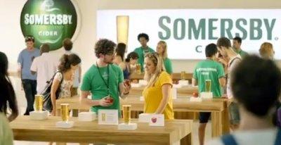 Carlsberg пародирует Apple в новой рекламе сидра