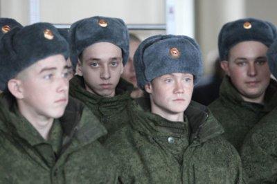 Студенты стали ради службы в армии брать академотпуска