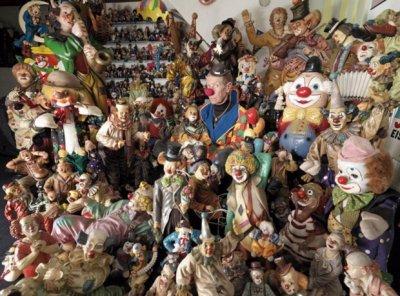 Самая большая коллекция клоунов в мире