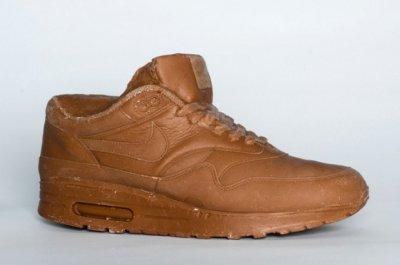 Шоколадные кроссовки NIKE