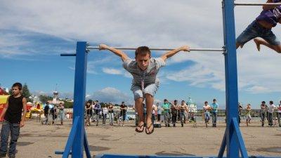 """В Чебоксарах состоялся фестиваль """"Street Workout"""""""
