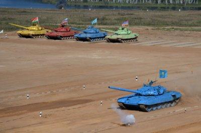 Во время шоу «Танковый биатлон» похитили семь тонн топлива