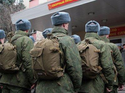 «Ъ»: Минобороны хочет отказать в отсрочке от армии студентам-платникам