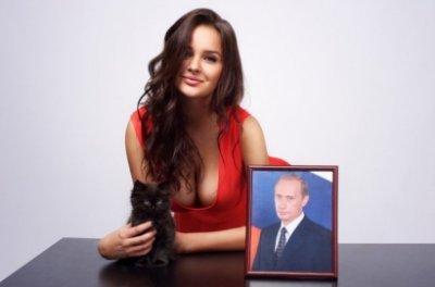 """Скандальная книга о Путине: """"Его лучшие друзья - лабрадор Кони и овчарка Баффи"""""""