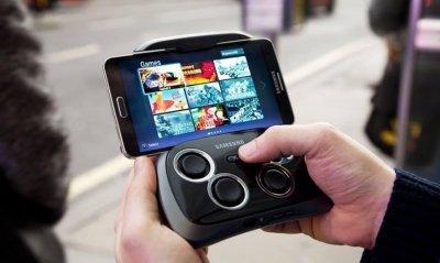 Беспроводной игровой геймпад Samsung поступил в продажу