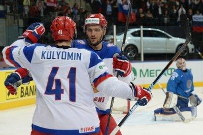 Российские хоккеисты уверенно обыграли сборную Казахстана