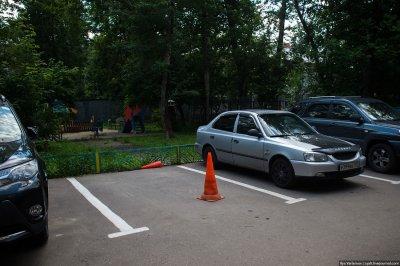Что делать, если ваш быдлососед захватил парковочное место?