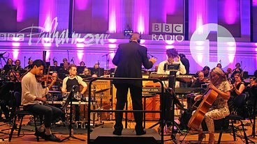 Clean Bandit & The BBC Philharmonic - Rather Be