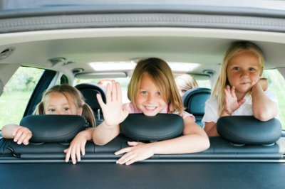 Каждая седьмая семья в России имеет два автомобиля
