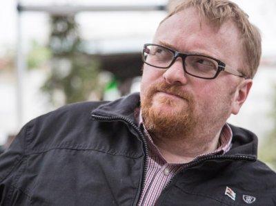 Милонов требует навсегда запретить Тиму Куку въезд в Россию