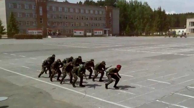 Танец африканских автоматчиков в Новосибирске