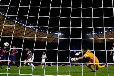 «Барселона» в пятый раз выиграла Лигу чемпионов