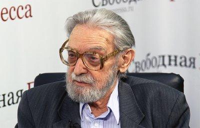 Пешков и Карлов, Жуков и Покрышкин