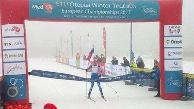 Чебоксарец Александр Васильев стал победителем первенства Европы по зимнему триатлону.