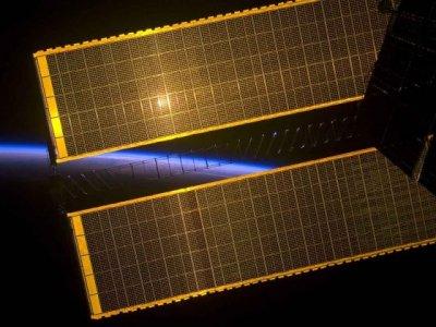 Разработка РКС выводит Россию в мировые лидеры по надежности космических солнечных батарей