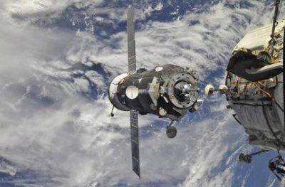 Создается новая отечественная система стыковки и сближения космических кораблей