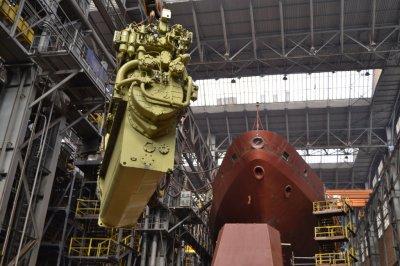 Северная верфь спустит на воду судно связи «Иван Хурс» до конца апреля