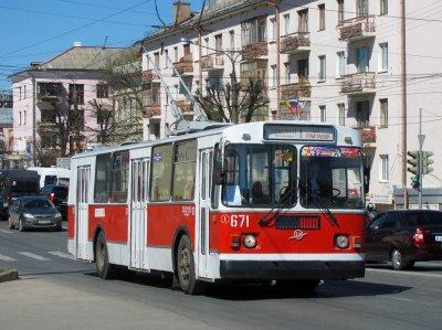 Маршруты еще двух троллейбусов решили изменить